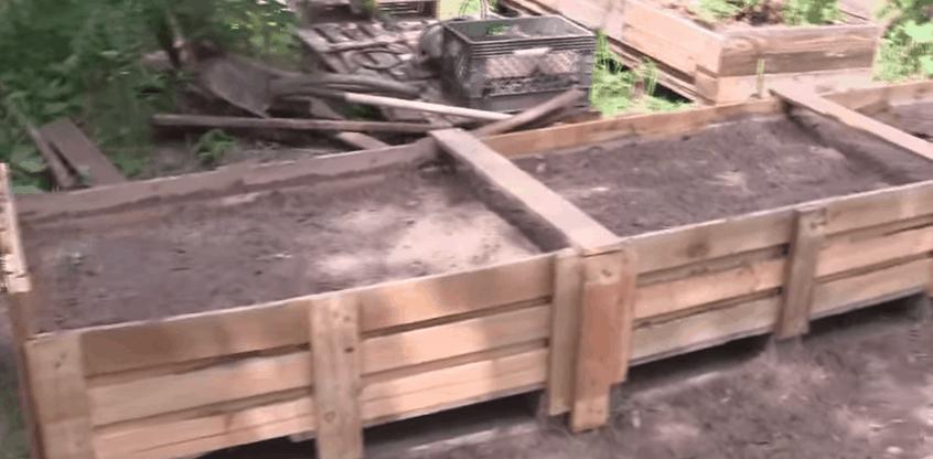 DIY raised garden from pallets