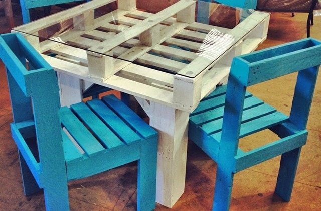 Table Chairs From Pallets
