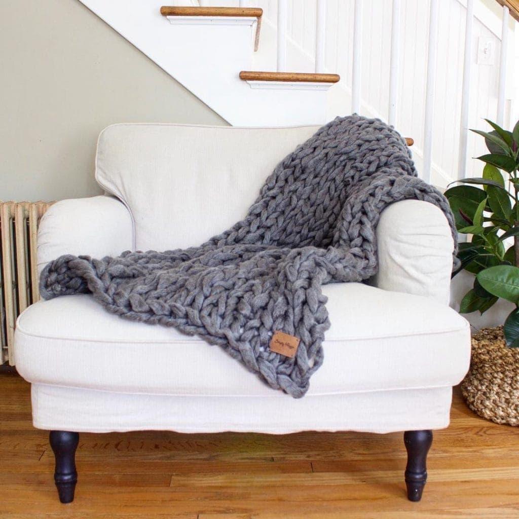 Arm knit blanket - thesawguy.com