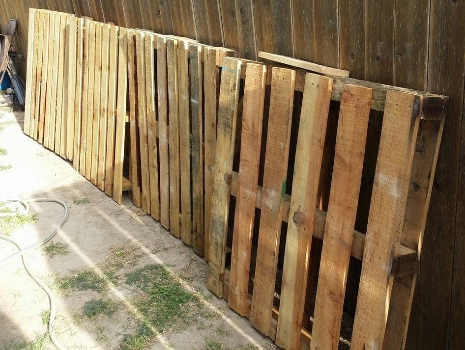 pallets curbside