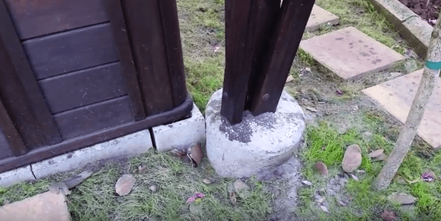 concrete to secure treehouse