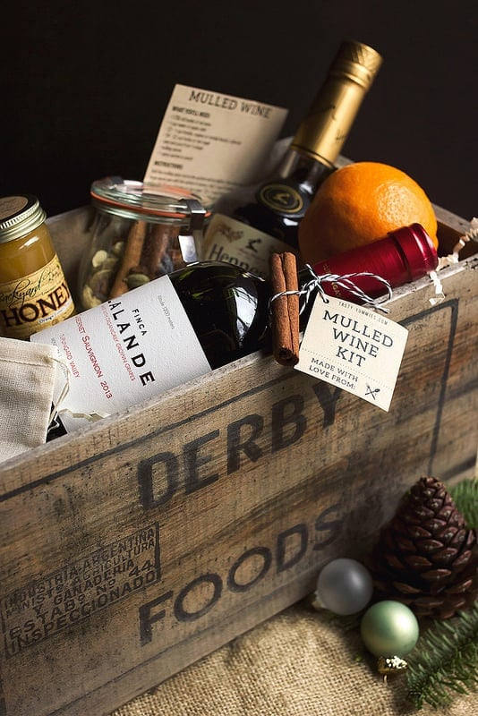 DIY Mulled Wine Gift Basket