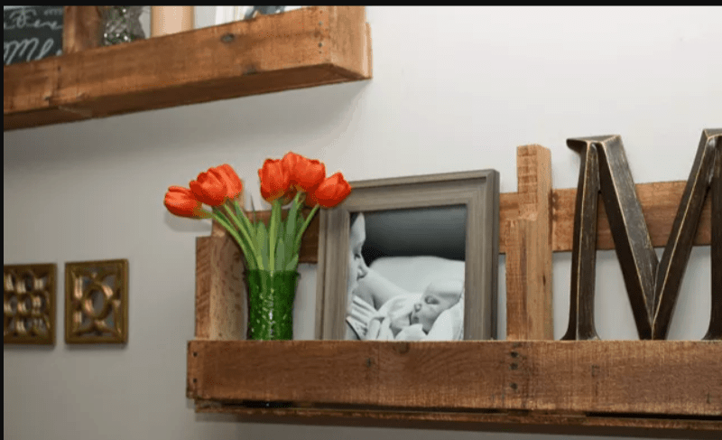 Stylish Shelves Made With Pallets
