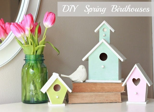 DIY Decorated Birdhouse