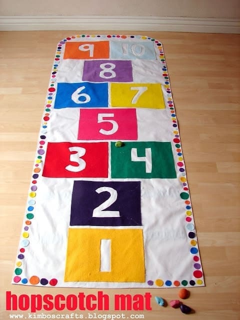 Cloth Hopscotch Mat DIY