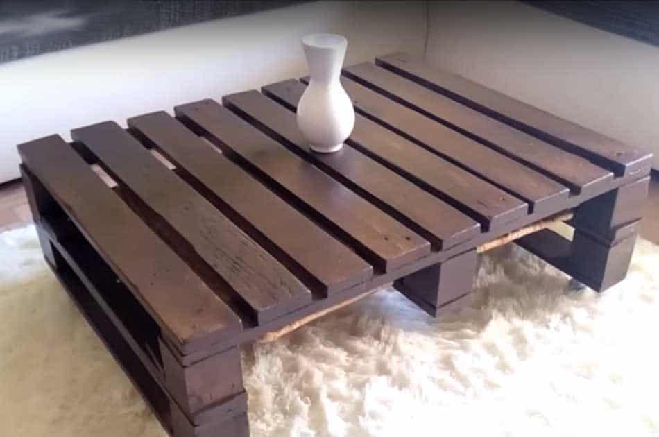 Simple Wood Pallet Coffee Table