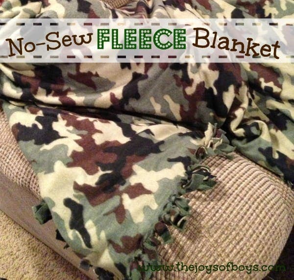 Easy No-Sew Fleece Blanket