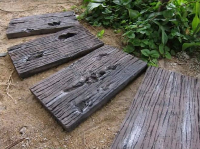 DIY Concrete Stepping Stones With Faux Wood