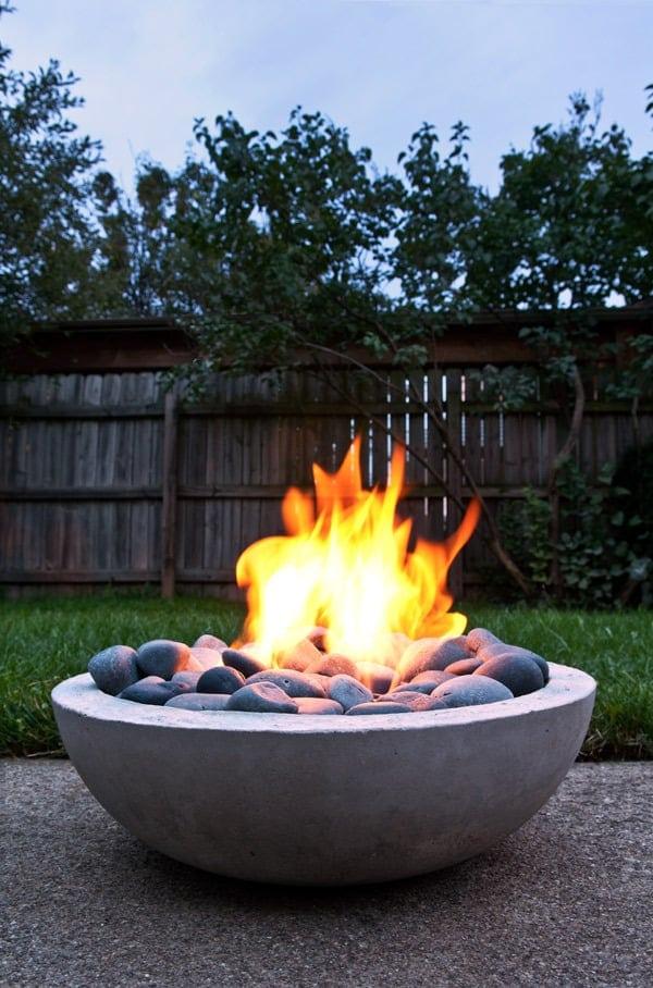 Stylish Concrete Fire Pit DIY