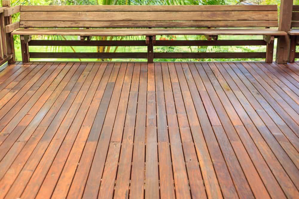 medium wood varied railing