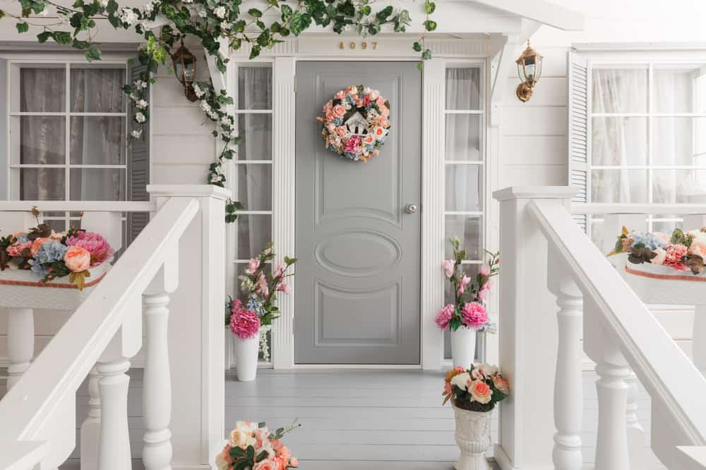 grey pink wreath flowers plants