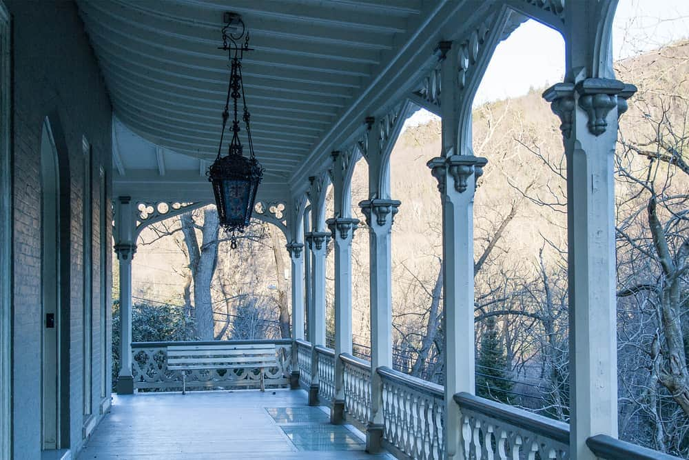 Gothic white detailing