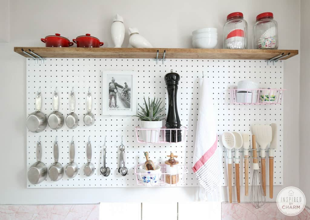Pegboard Storage Idea Imagine how nice it would be to take a piece of pegboard and transform your kitchen into a perfectly organized room. The result is clean, refreshing, and stylish. I like how easily you can access everything you need. thesawguy.com