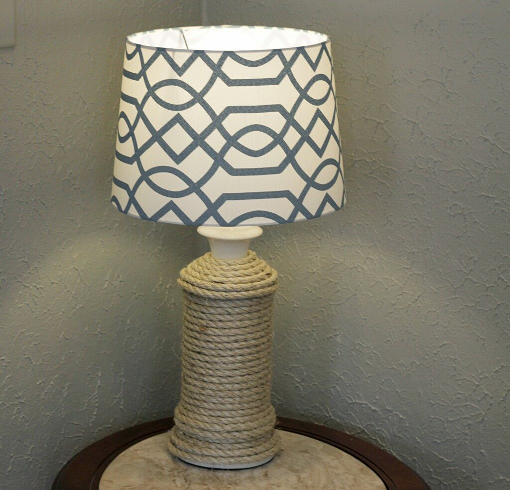 DIY Nautical Lamp Transform a basic lamp you have that has been sitting around collecting dust into an updated rustic & nautical themed lamp. Rope makes a fantastic material to work with and create decorations because it is simple to use. Make your own! thesawguy.com