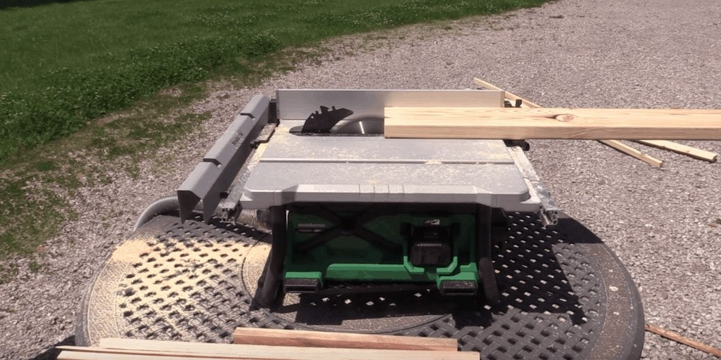 how much power does a table saw need