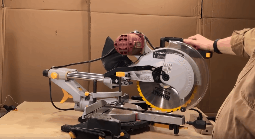 Best Chicago Electric Miter Saw