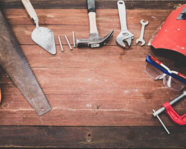 The Top 8 Hardware Stores for Woodworkers and DIYers